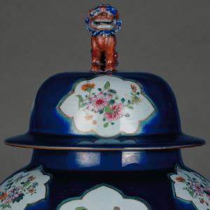Pormenor do pote chinês