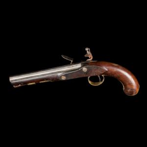 Pormenor da pistola de fecharia de pederneira